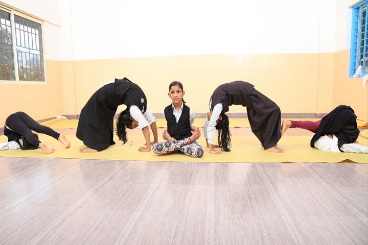 Umeri English School- Yoga