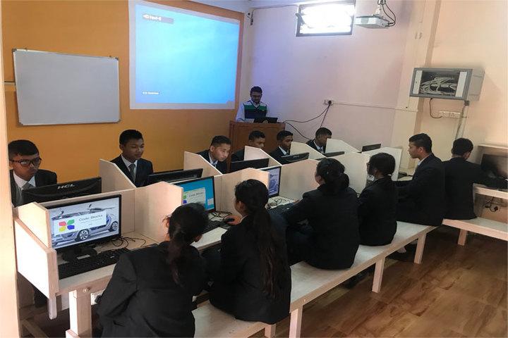 St Xavier S School-Computer Lab