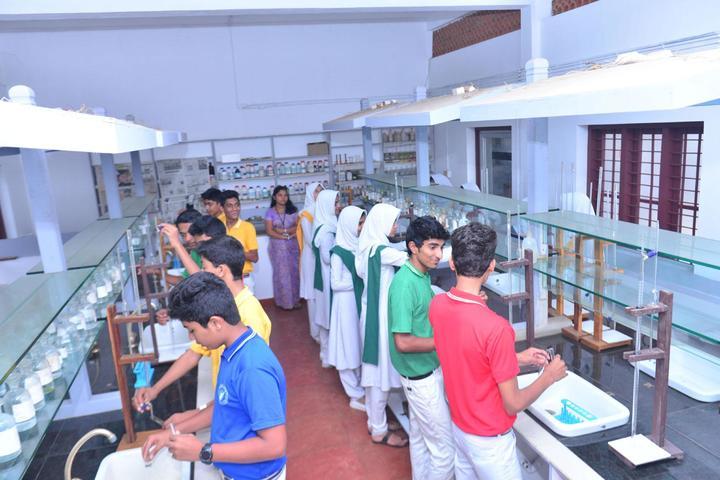 Vadi Husna Public school -Chemistry lab