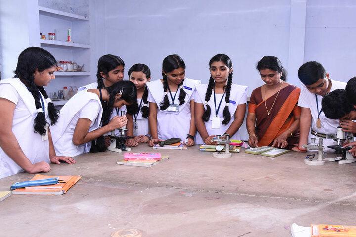 Vidyatmika Public School-Biology Labs