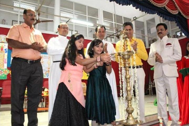 Vijayagiri Public School-Kids Fest