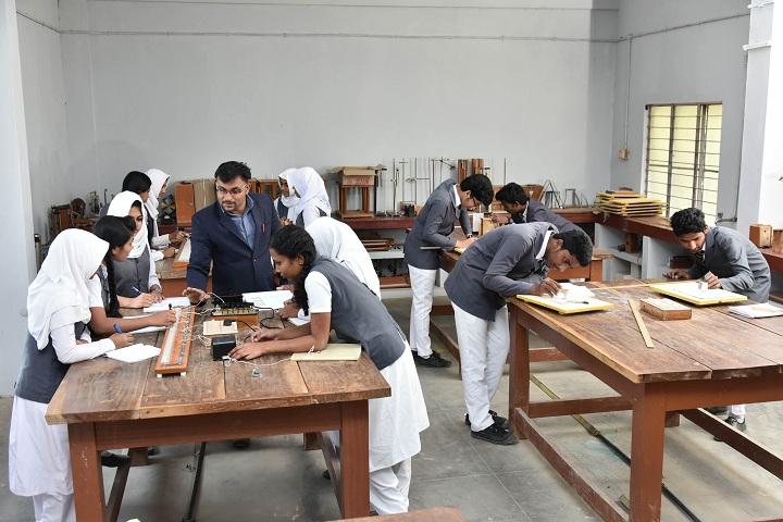 Wmo English Academy Orphanage English School-Physics