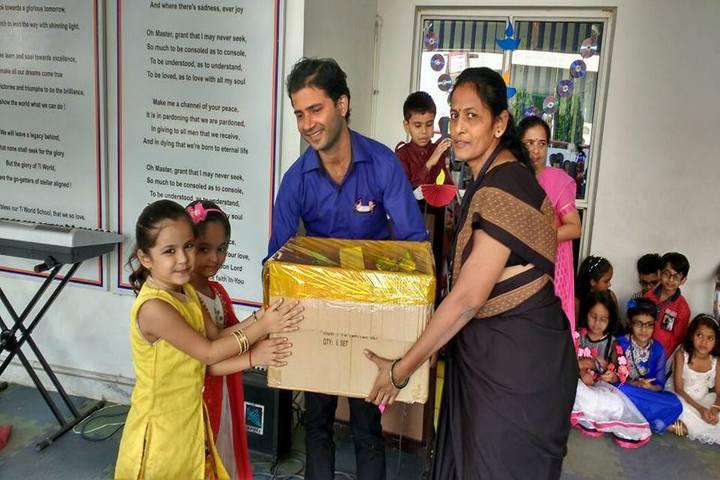 7I World School-Diwali Celebrations