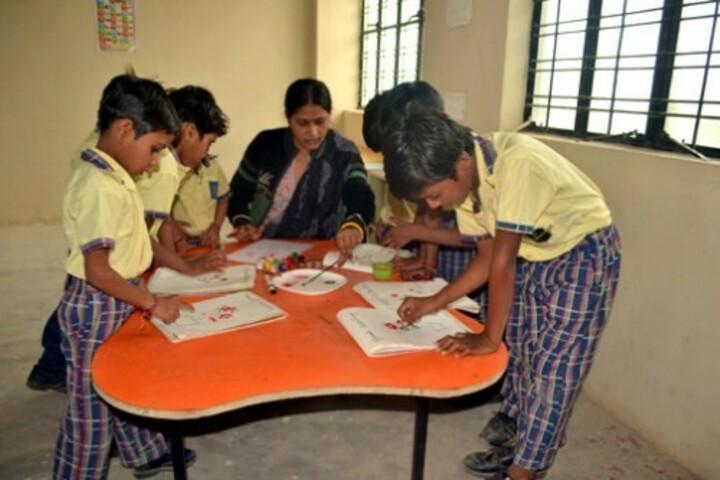 Aakar Public School-Painting Competiiton