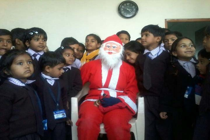 Aaradhya International School-Christmas Celebrations