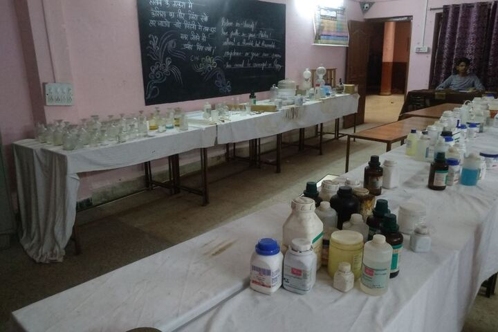 Akshay Academy-Laboratory