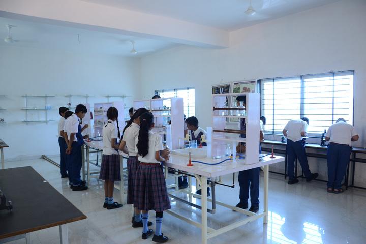 Alpha International School-Chemistry Lab