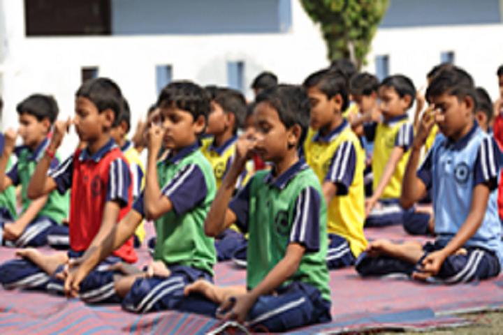 Anant Utsav School-Yoga