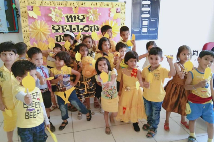 Asnani School-Yellow Day