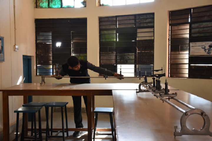 Bal Bharati Public School -Physics Lab