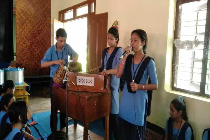 Vivekananda Kendra Vidyalaya-Singing