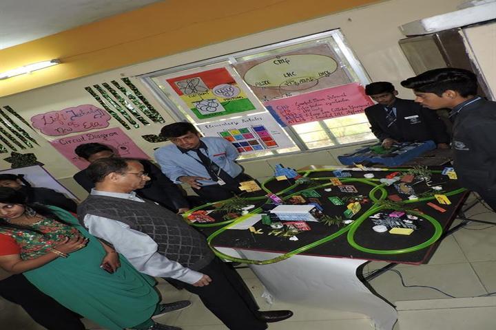 Bonnie Foi Co Education School-Exhibition