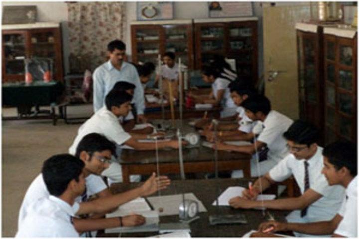 Bsf Senior Secondary Schooll-Physics Lab
