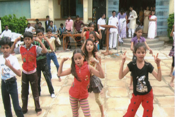 C M A Higher Secondary School-Dance