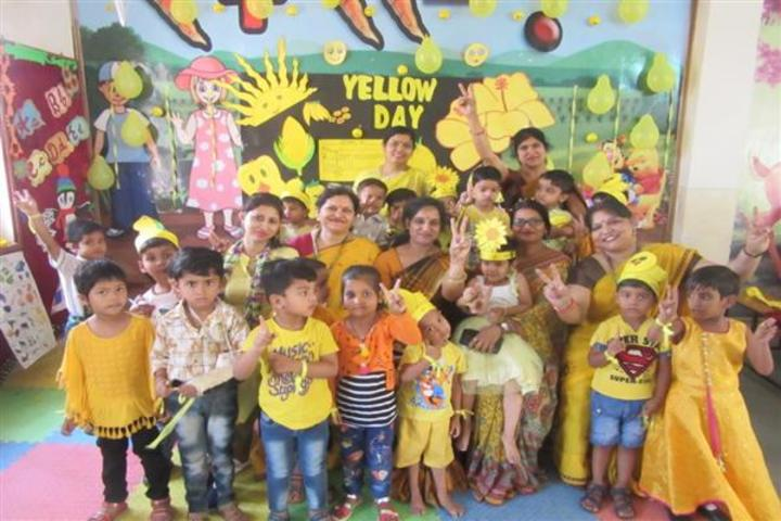 Central Academy School-Yellow Day