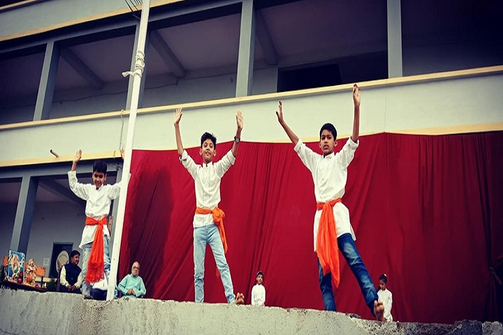 Ceyone-Ray International School-Dancing Activity