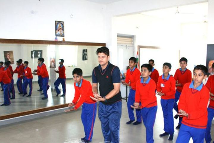 Champion International School-Dance