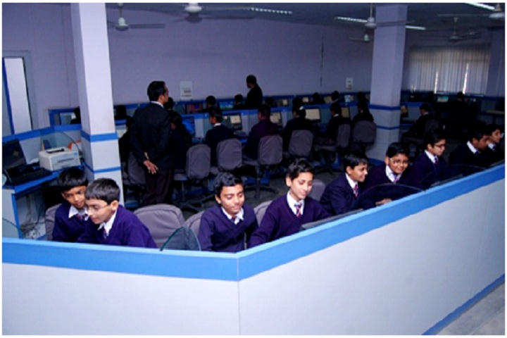 DAV ACC Public School-Computer Lab