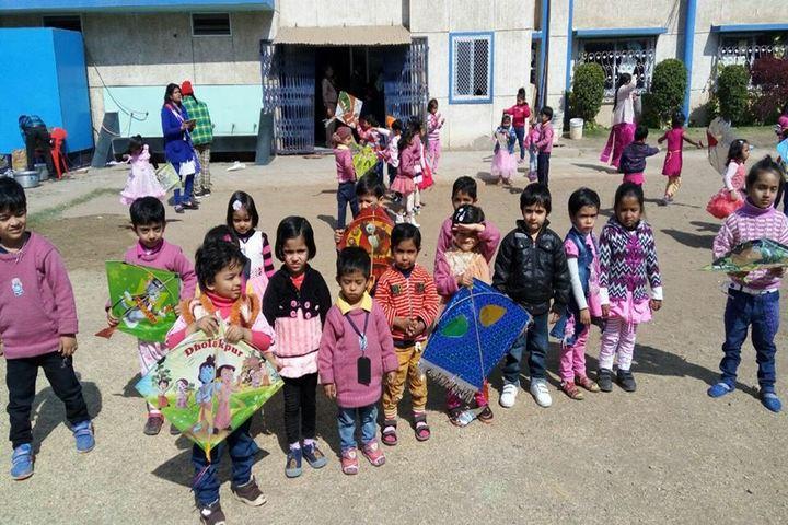 Daisy Dales School - kite fest