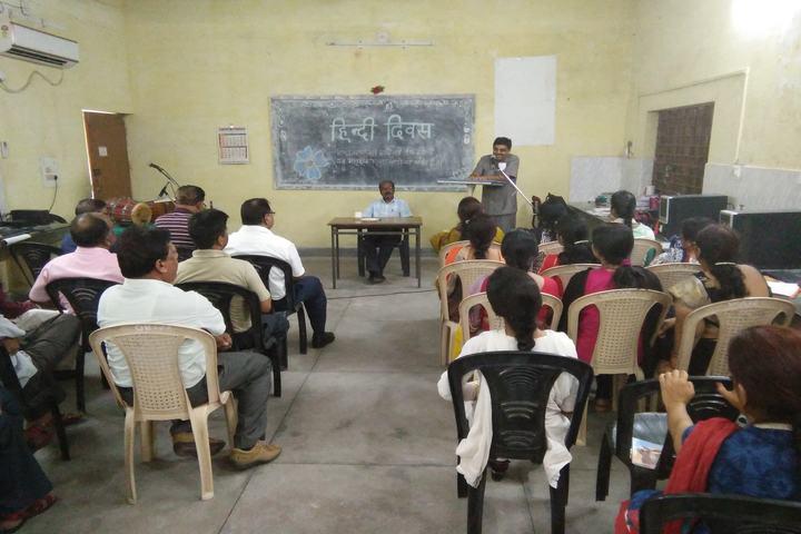 Dav Senior Secondary Public School-Hindi Diwas