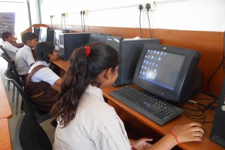 Dav Public School- Computer lab