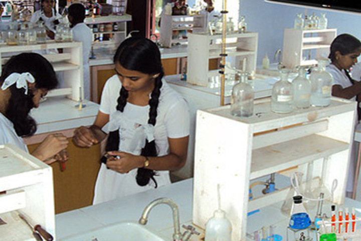 De Paul School-Chemistry Lab