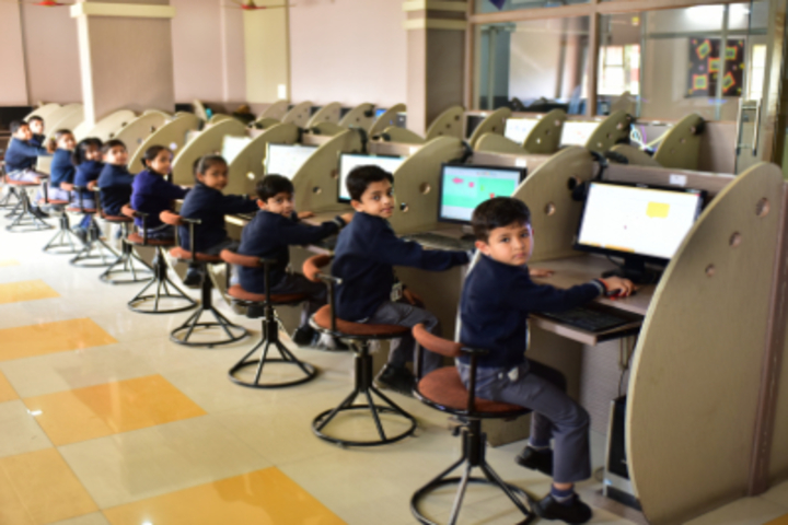 Delhi International School-Computer Lab