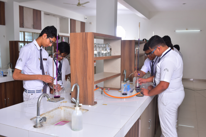 Delhi International School-Lab