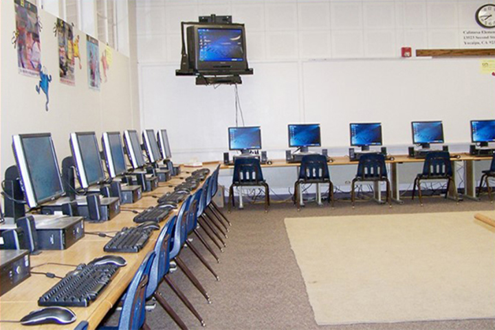 Delhi Public Academy-Computer Lab