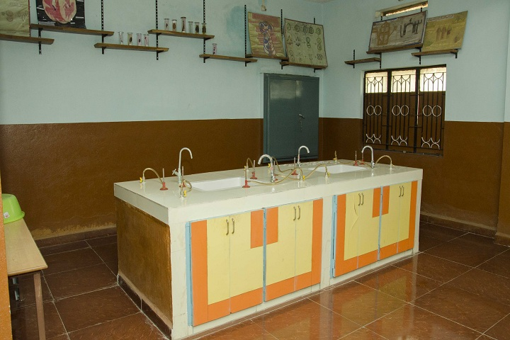 Dinah Convent High School-Laboratory