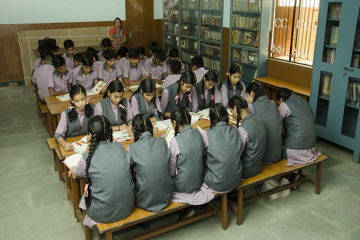 Dinah Convent High School-Library