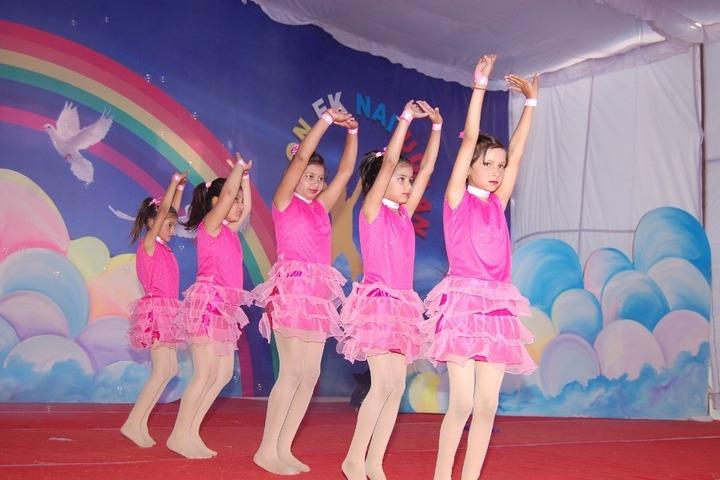 Doon World Public School-Dance