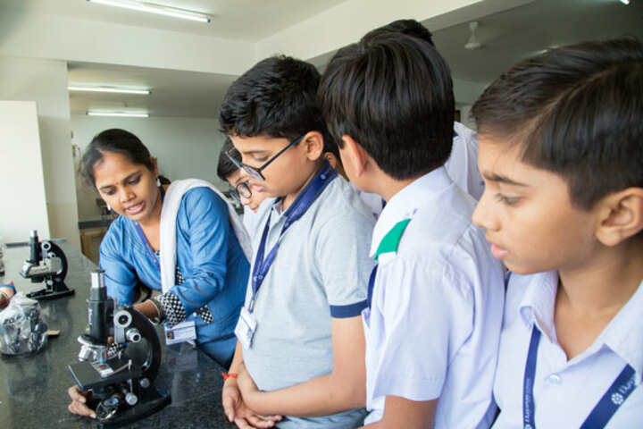 Ekayanaa School-Science-Lab