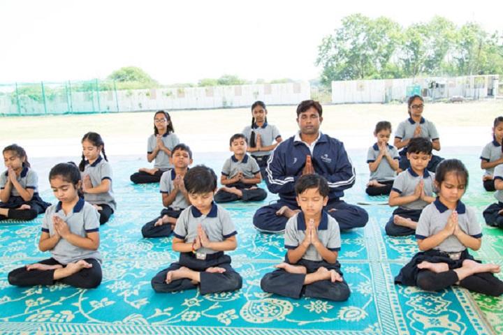 Ekayanaa School-Yoga
