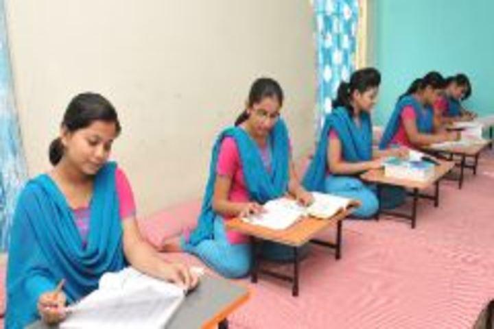 Acharya shri Sudarshan Krishna Niketan-Study hours