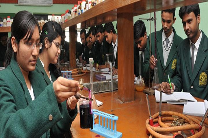 Acharya Shri Sudarshan Patna Central School-Laboratory