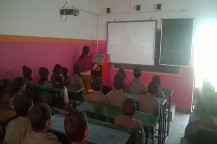 Acharya Sudarshan Vidyapeeth-Classroom