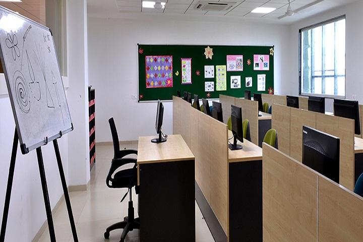 GD Goenka Public School-IT-Lab full view