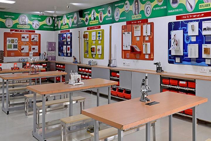 GD Goenka Public School-Laboratory