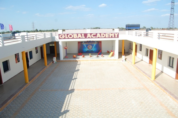 Global Academy-Campus-View inside