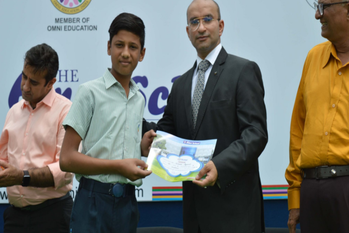 The Omni School-Prize Distribution