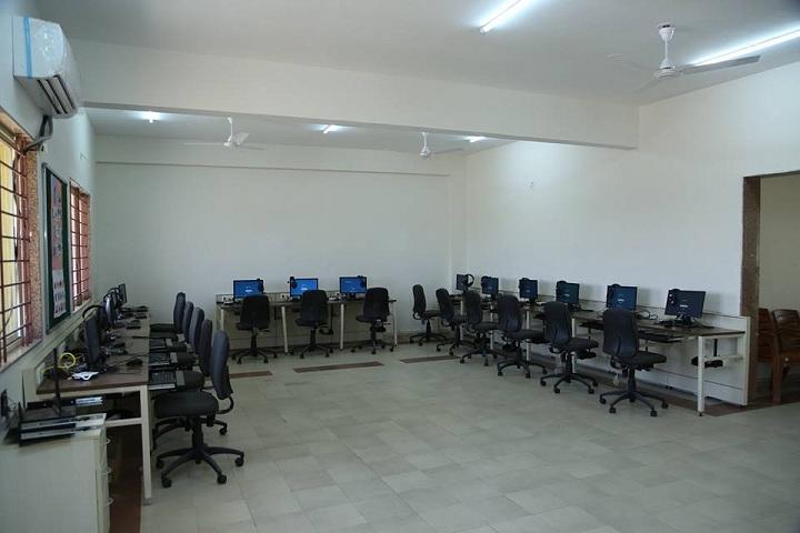 Guru Rajendra Jain International School-Computer Lab