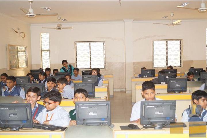Gwalior Glory High School-Computer lab