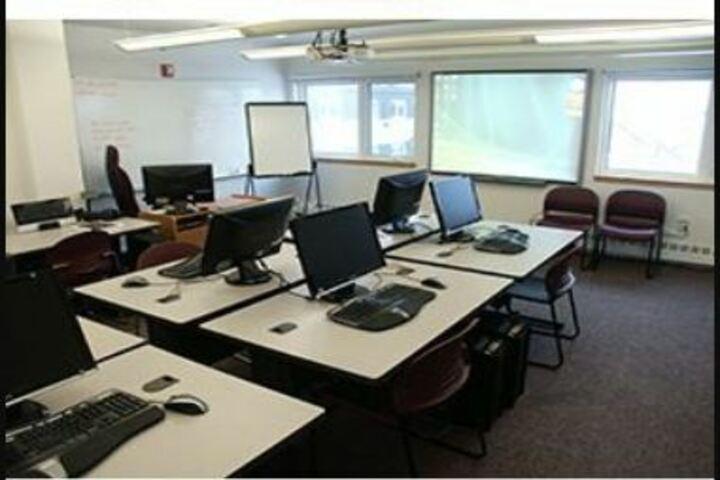 Gyan Vihar Public School-Computer lab