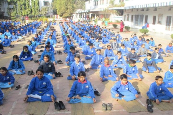 Happy Days School-Yoga