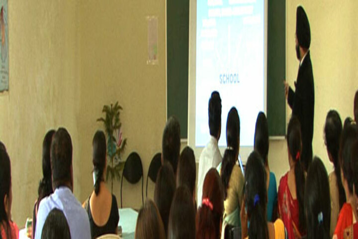 Himalaya International School-Smart Classes