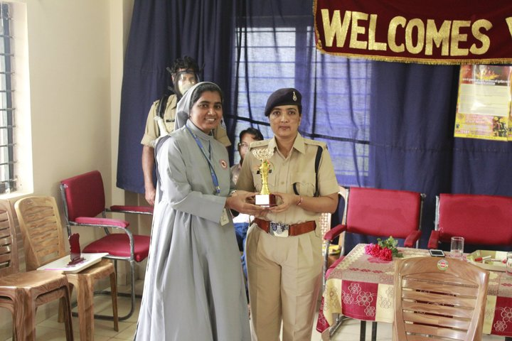 Holy Family Convent School-Award Receiving