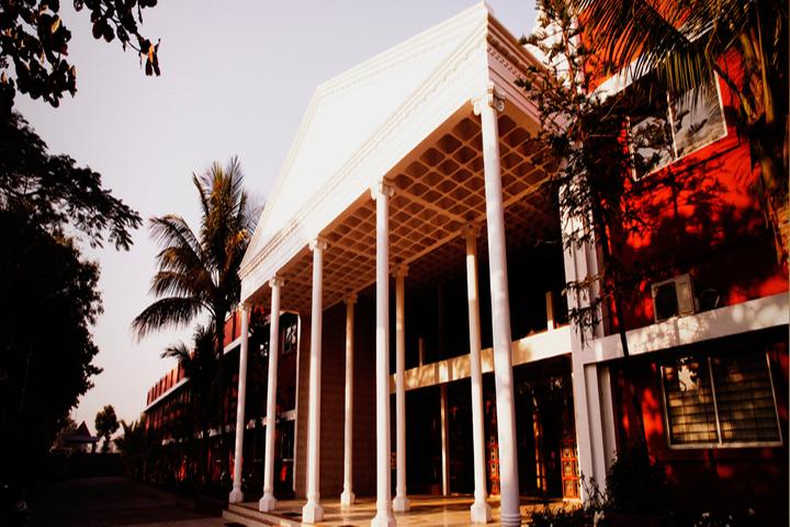 Ishaque Patel Public School-School View