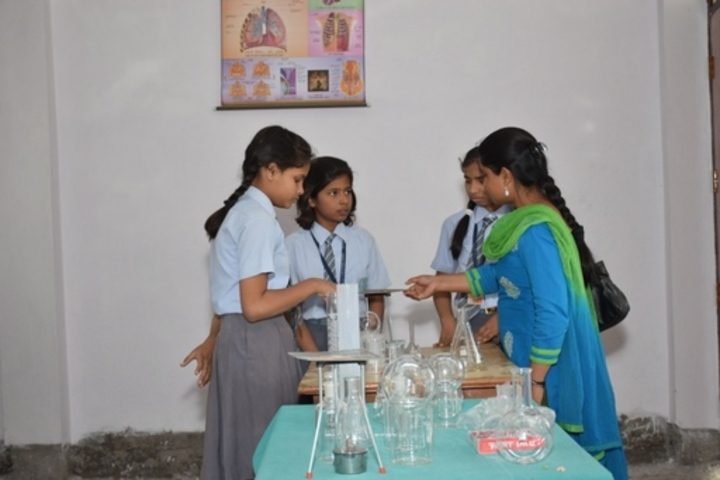 Anand Prep Public School -  Chemistry Lab