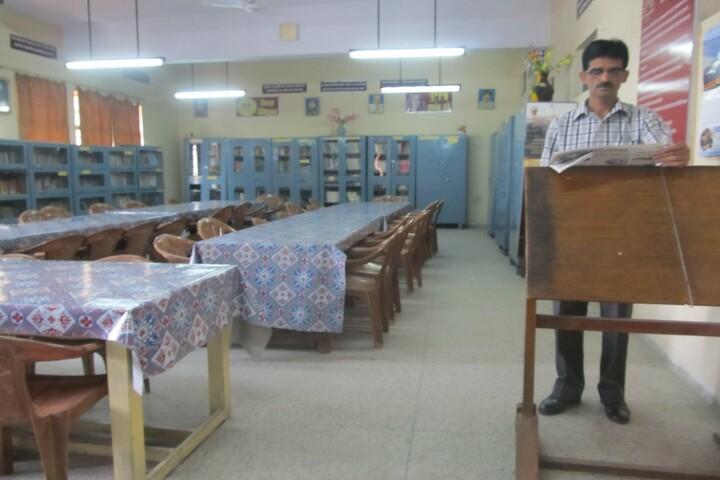 Kendriya Vidyalaya No 2-Library